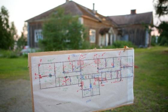 Päärakennuksen mitoitus ja alustava vauriokartoitus