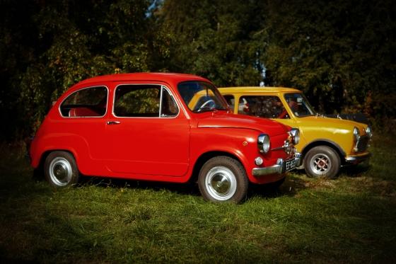 Vanhoja autoja